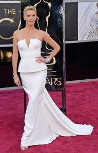 Charlize+Theron+Oscars+2013+Christian+Dior+1